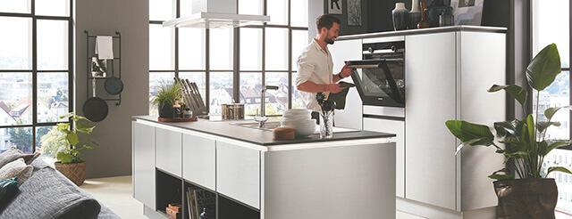 Markenmöbel und Küchen zum bezahlbaren Preis | Tradition ...